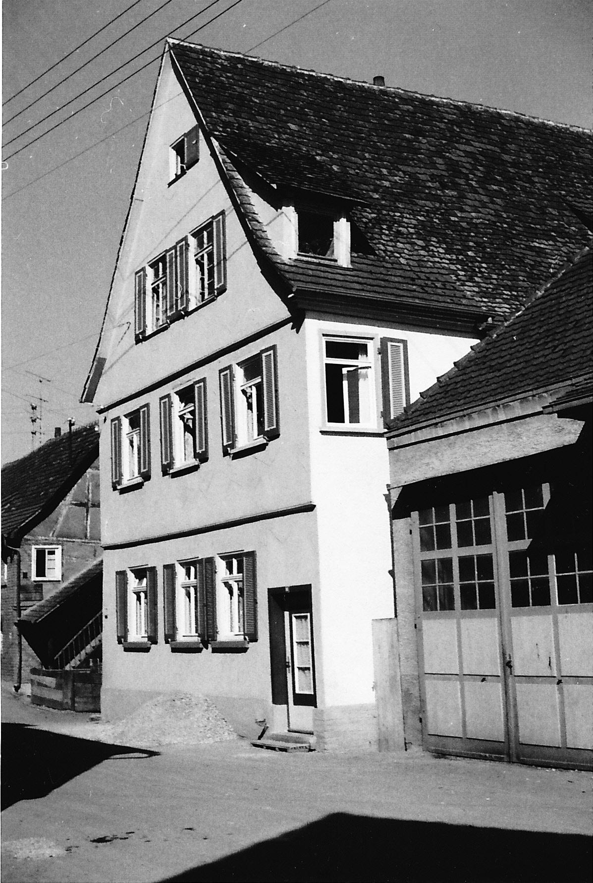 Ehemaliges Schulhaus Strombergstraße 16