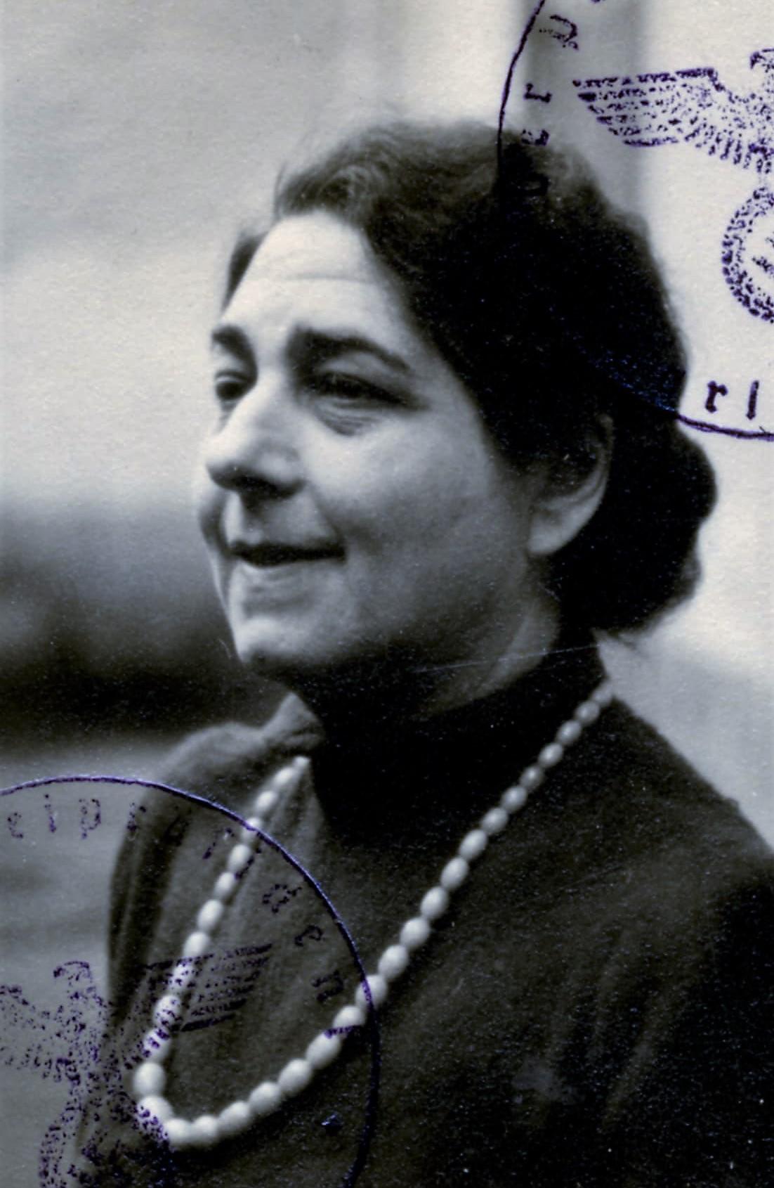 Fanny Sommer, 1938.