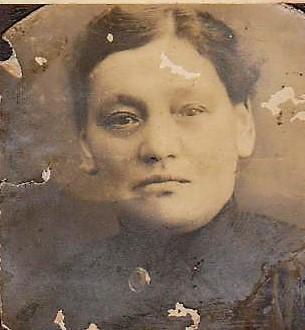 Irma Spatz als junge Witwe.